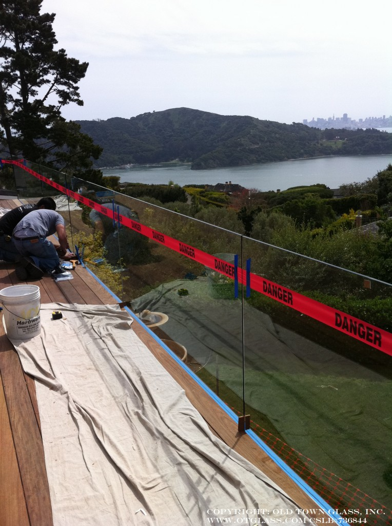 Installation of a CRL B5 Series Base Shoe Deck Railing in Tiburon, CA by Old Town Glass Installers