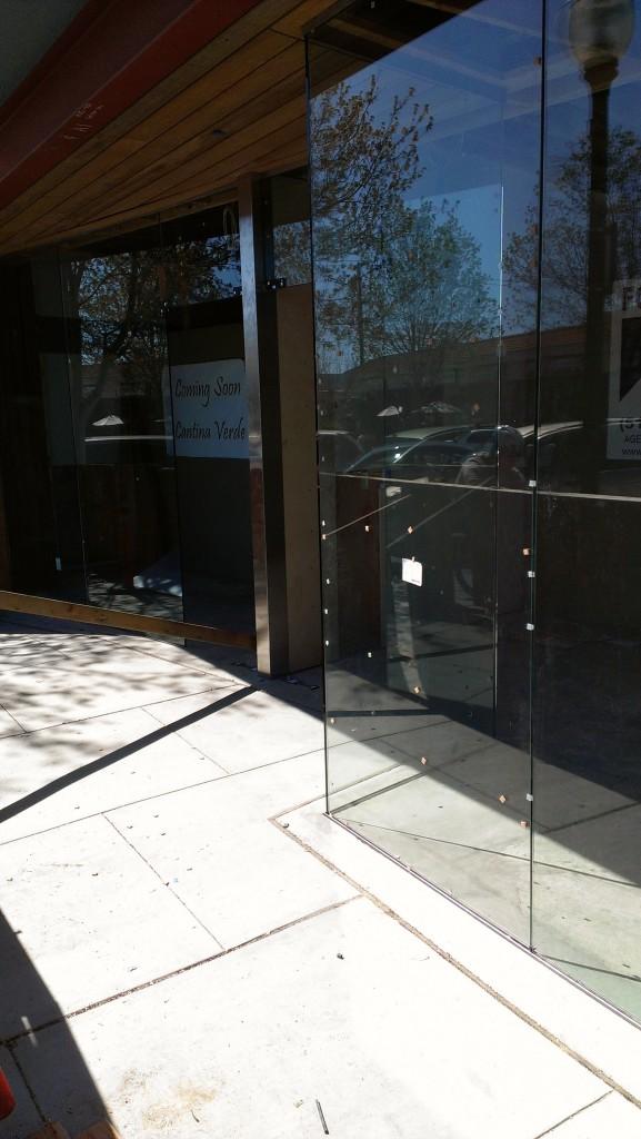 Frameless Glass Commercial Storefront