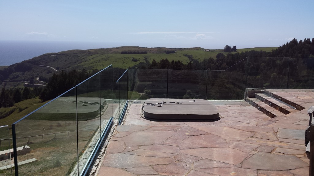 Beautiful Pacific Ocean View Through Tempered Laminated Glass Railing